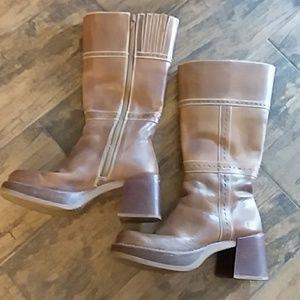 Skechers brown boots